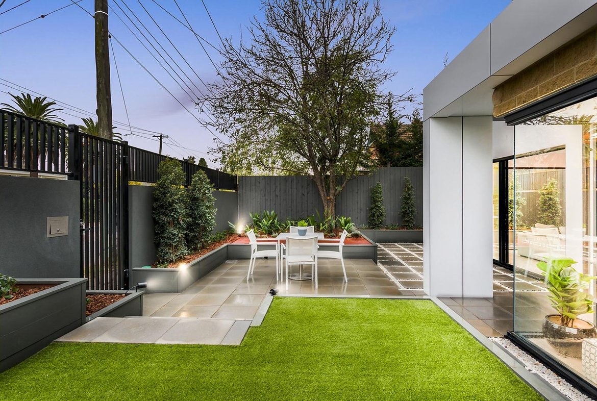 173 Power Street, Hawthorn (Front Yard)