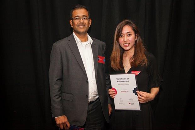 Muller partnership's Melbourne Director Richard Samuels presenting the winner of our RMIT Award for best Quantity Surveying student for 2018 back in November.  Muller Partnership prides itself on sharing its core values of Quality, Trust, Personal Growth and Fulfilment.